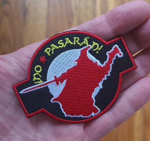 No Pasaran! (iron on backing)