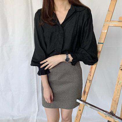 doll collar blouse