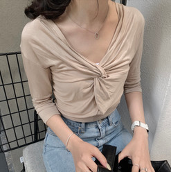 front knot top