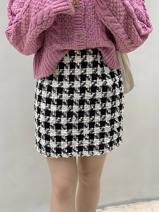 tweed fitted skirt