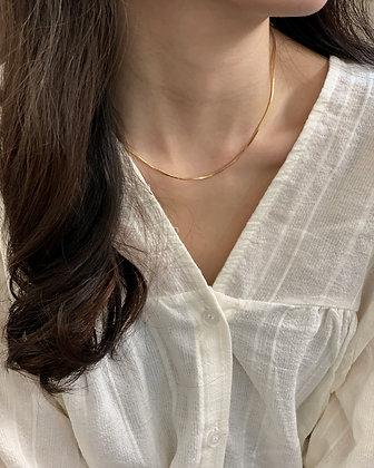 simple short necklace