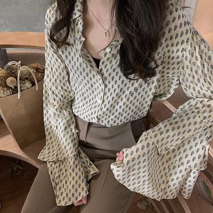 bell sleeve leafy shirt