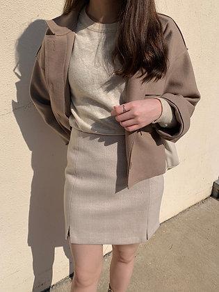 two-pocket cropped jacket