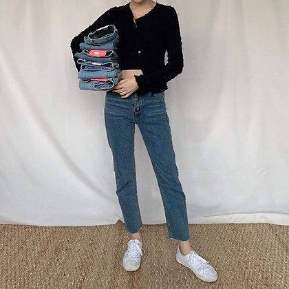 DM915 high waisted slim cut jeans