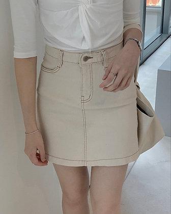 top stitching mini skirt