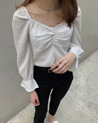 sweetheart neckline blouse