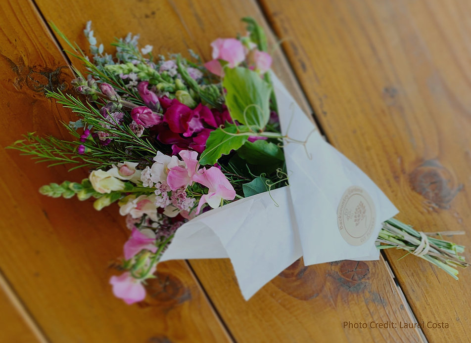 Bouquet-LCosta-2_edited.jpg
