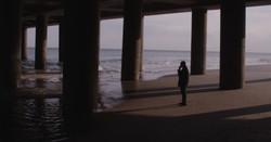 The Avenue - Eddie under piere