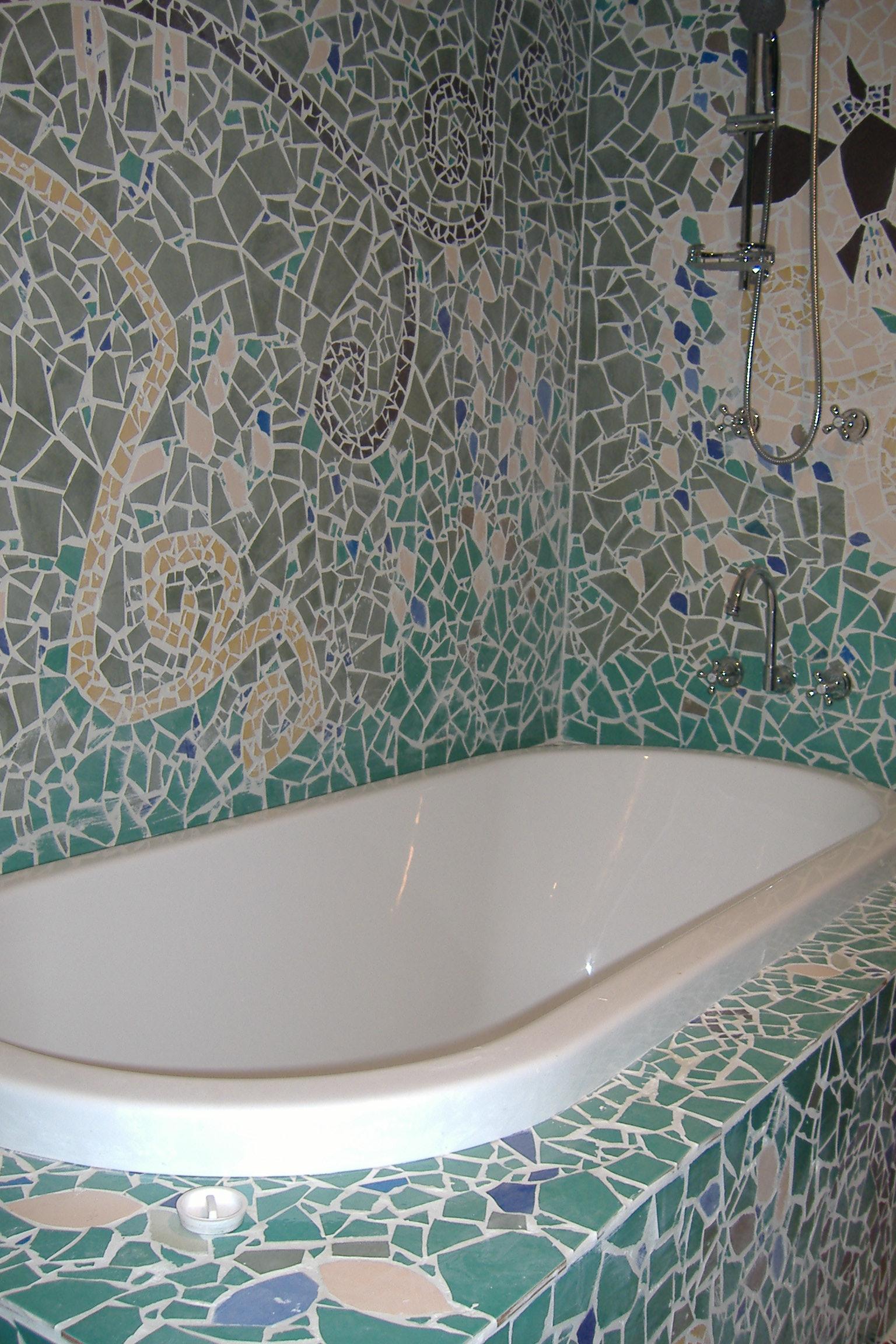 Bathroom feature 2
