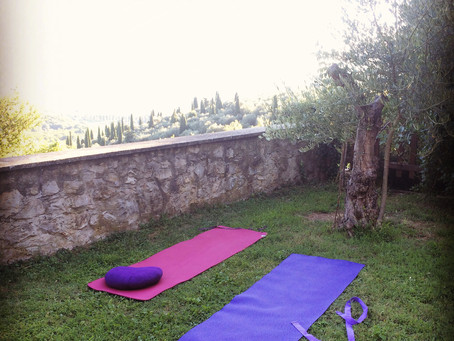 Outdoor Yoga, is it as good as it looks? Actually it's better!