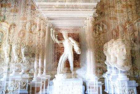 Statue Room Villa Borguese.jpg