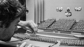 In the studio: Alejandro González