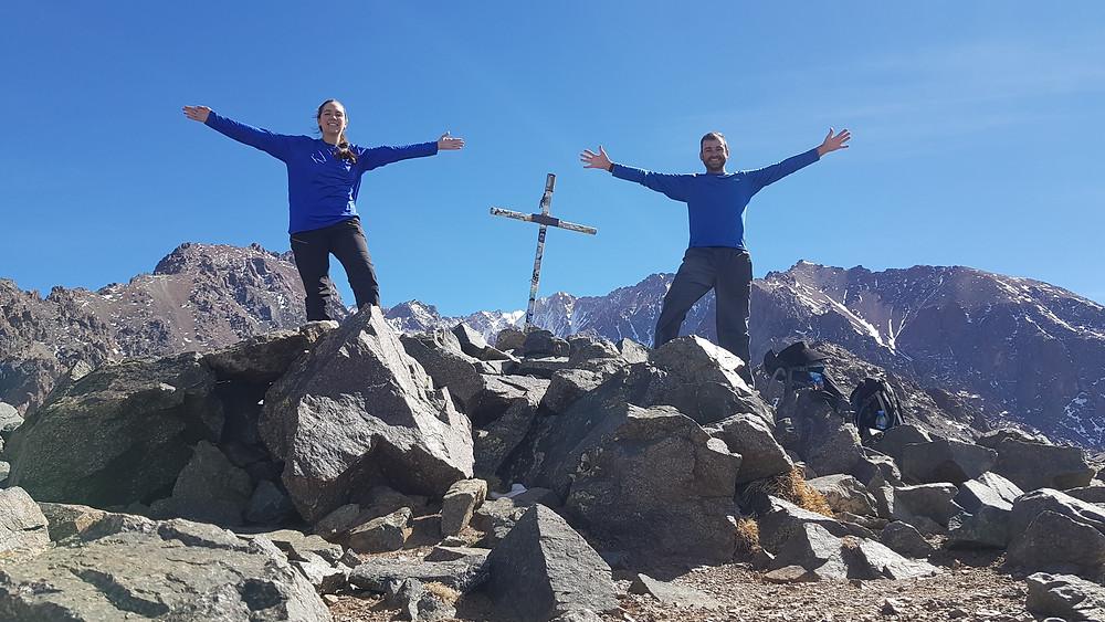 Laura Petroni e Pedro Bugim no cume do Lomas Blancas (3.850m)