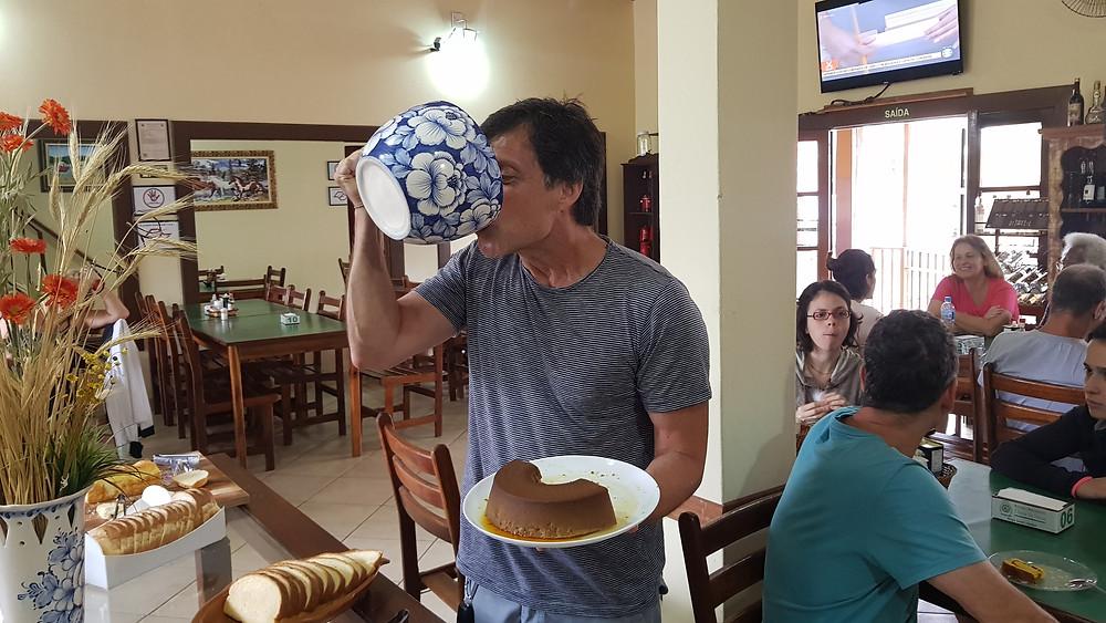 """Ricardo Draga e seu cafe da manhã """"humilde"""""""