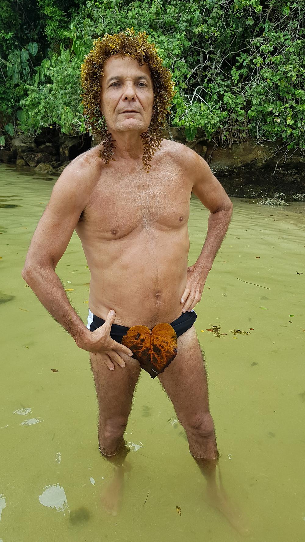 """O """"Velho Sacudo"""". Espécie em extinção, habitante local das ilhas de Paraty, proveniente das Ilhas Polinésias. Cuidado ao encontrar com um desses. Extremamente peçonhento"""