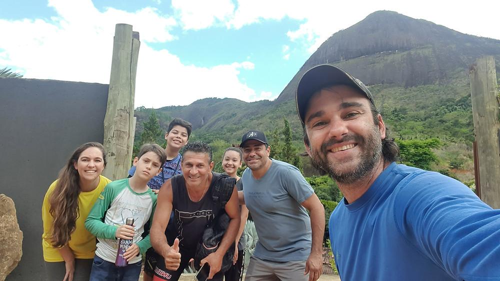 Da esquerda para a direita: Laura, Antonio, Virgílio, Hiarley, Rebeca, Waltinho e Pedro