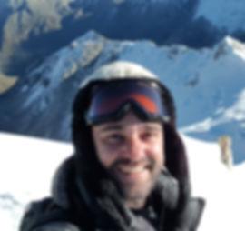 Pedro Bugim aos 5.530m da Agulha Ishinca - Huaráz, Perú