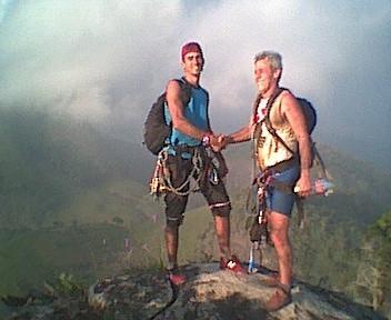 Pedro e Egito no cume - Abril / 2003