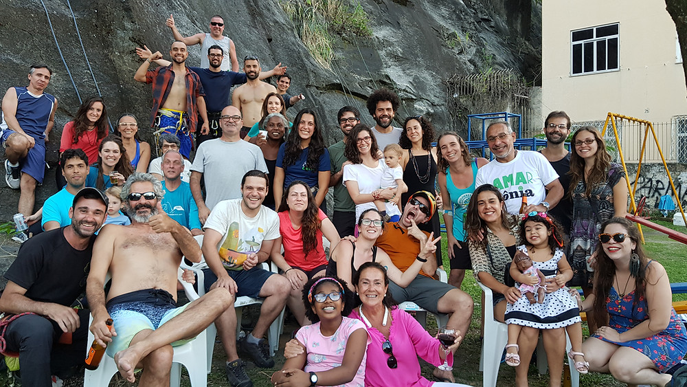 Galera na parte da tarde, na pedreira da Rua Dr. Anibal Moreira, Tijuca