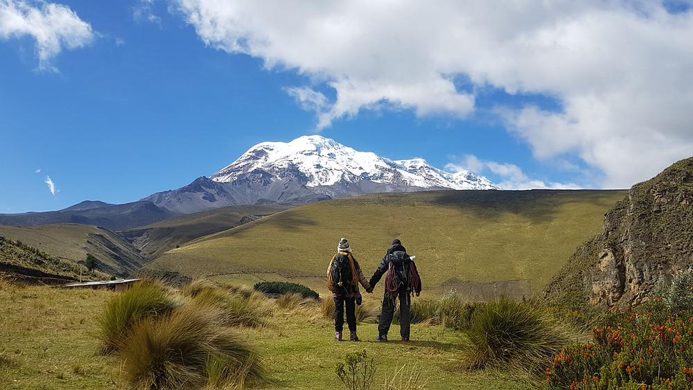 Laura Petroni e Pedro Bugim após as conquistas na Chorreras de San Juan, à base do Chimborazo