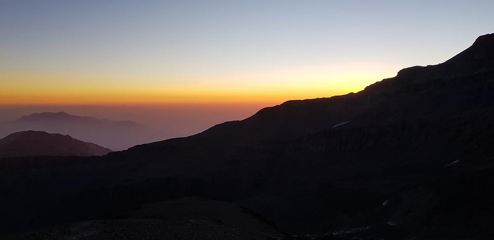 Amanhecer no campo Dagostini (4.600m)