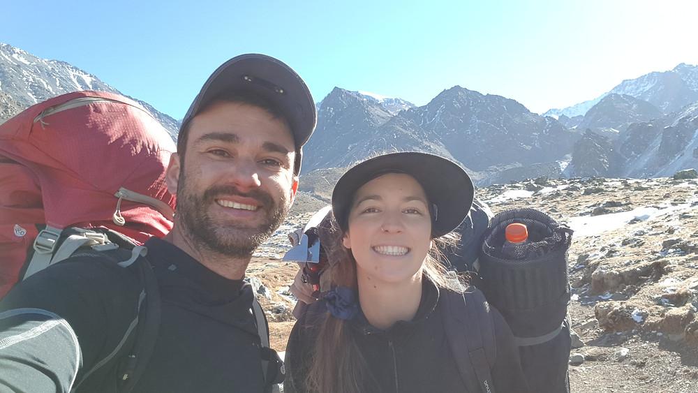 Pedro Bugim e Laura Petroni ao final da aventura em Cordón del Plata, em Las Veguitas (3.200m)