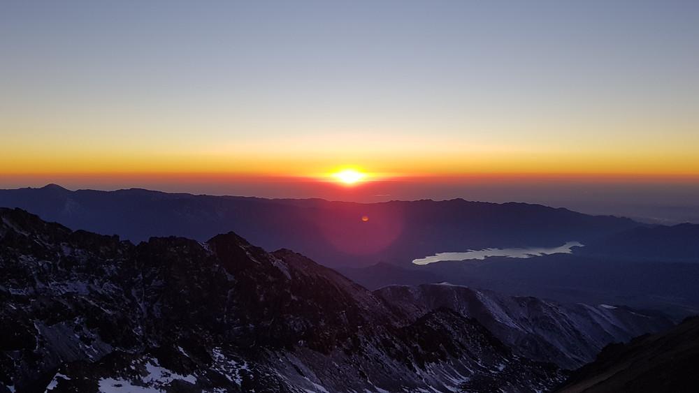 Amanhecer do dia, por volta das 8h da manhã, já acima dos 4.500m de altitude