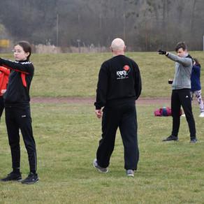 Karate Dojo Groß-Umstadt trainiert Outdoor