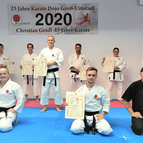 Neun Umstädter Karatekas legten Danprüfung ab