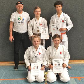 Gold- Silber- und Bronzemedaille für das Karate Dojo Groß-Umstadt