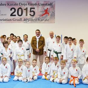 Landrat besucht das Karate Dojo