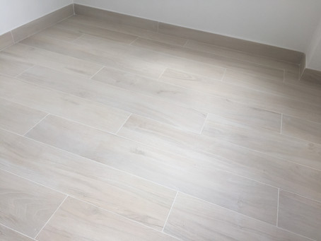 用幾多塊木紋磚應該點計?