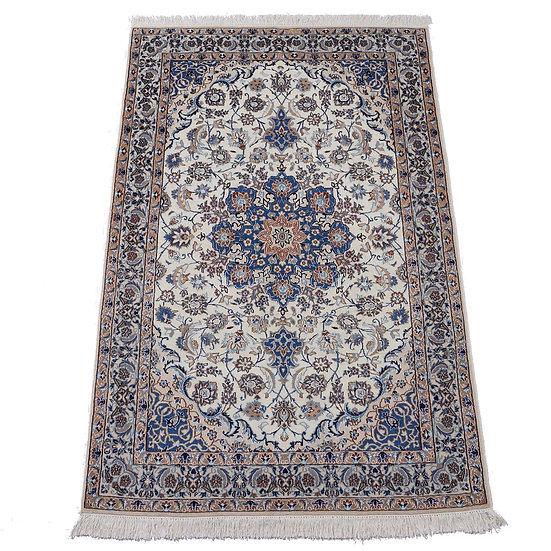 ペルシャ絨毯 ナイン 9la 205×137cm