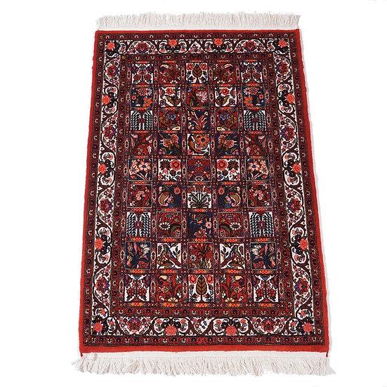 ペルシャ絨毯 バフティヤーリー 160×109cm