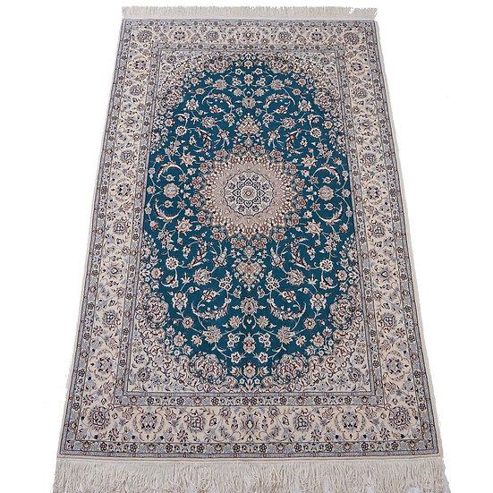 ペルシャ絨毯 ナイン 6la 240×153cm