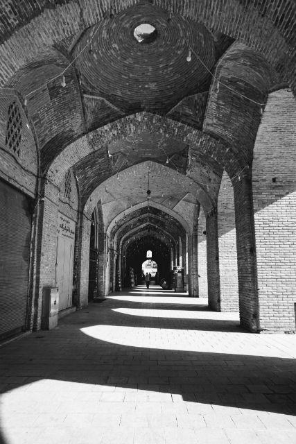 ガンジャリハーン広場 回廊