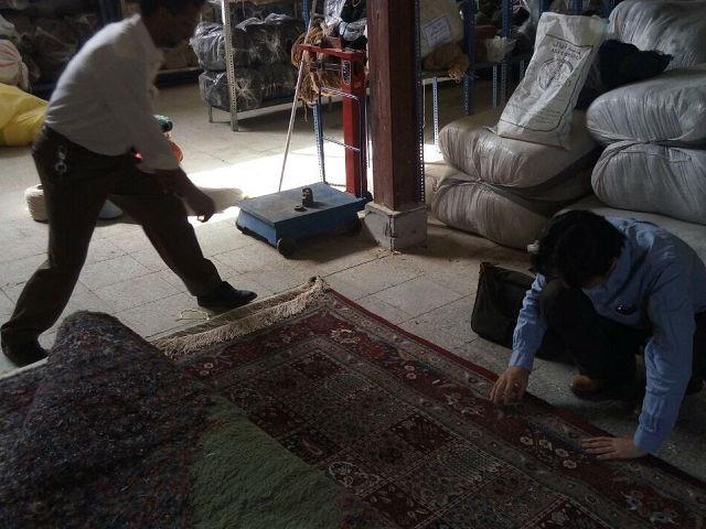 ネフバンダーン 絨毯倉庫