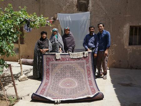 ホラーサーンの村々で絨毯を買う