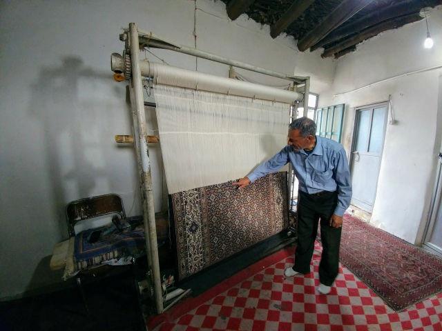 垂直式絨毯織機 ゴヘスターン イラン