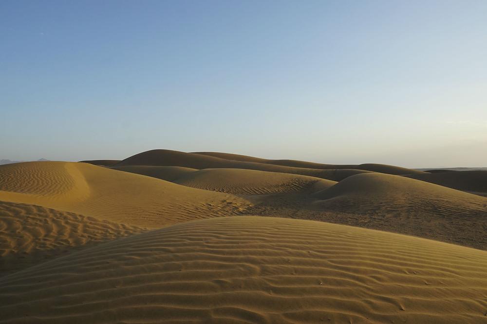 キャヴィール砂漠