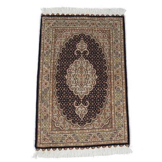 ペルシャ絨毯 タブリーズ 50Raj 95×62cm
