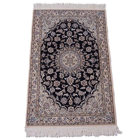 ペルシャ絨毯 ナイン 9la 155×103cm