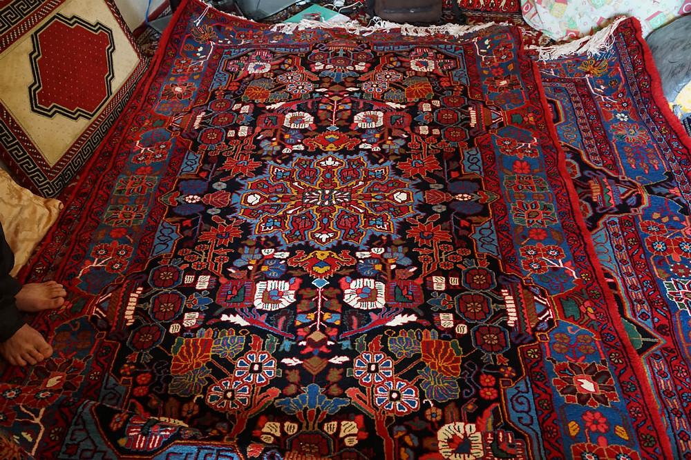 ナハーヴァンド 絨毯