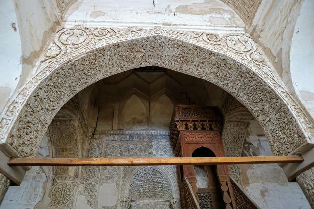 ナイン 金曜モスク メヘラーブ