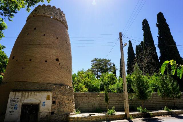 ラーヴァル タラズ村
