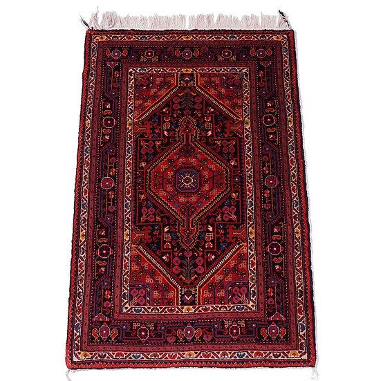 ペルシャ絨毯 トゥイセルカーン 153×104cm