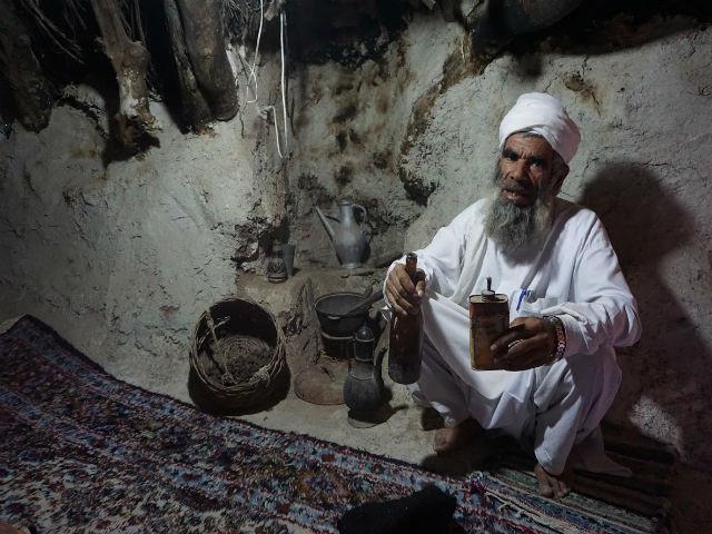イラン マーフーニーク村 家の内部