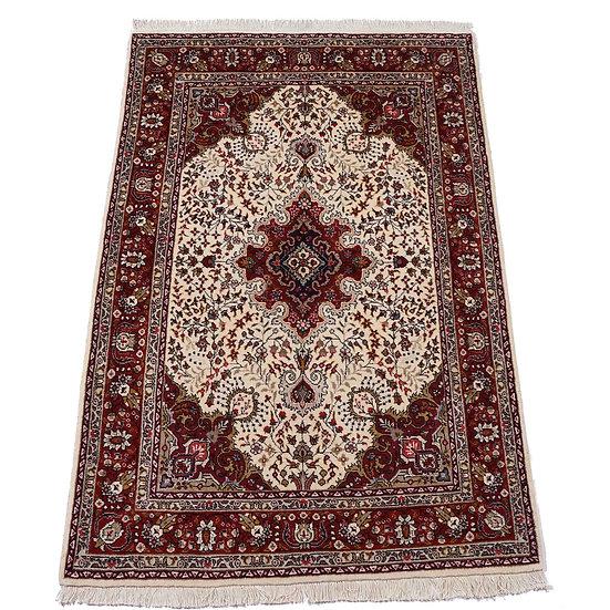 ペルシャ絨毯 タブリーズ(アーザルシャハル) 212×148cm