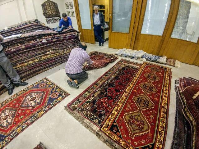 テヘラン 絨毯輸出業者