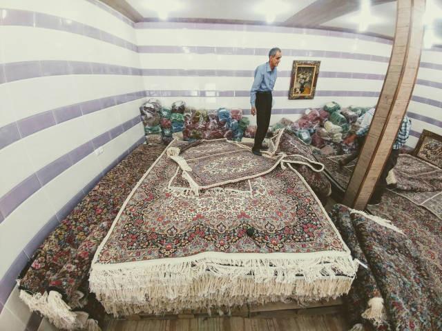 ラーヴァル 絨毯屋